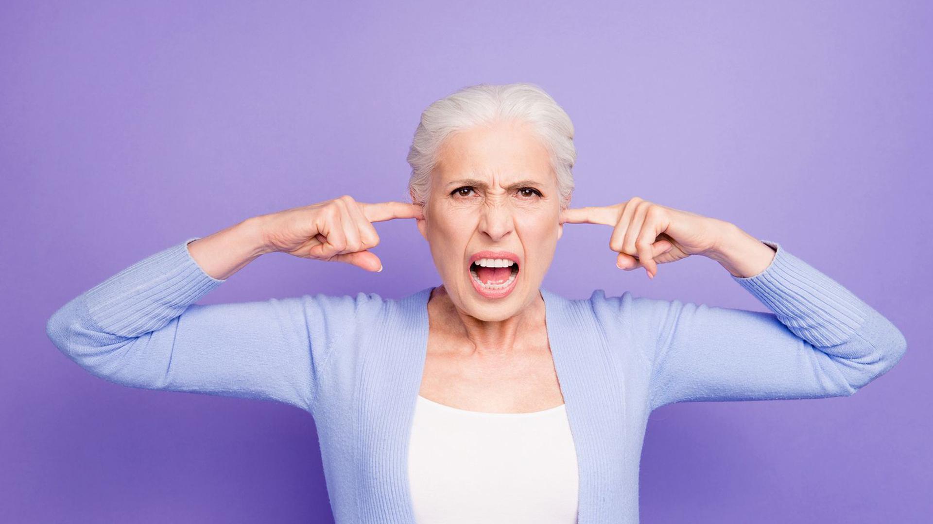 Trucos para cuidar a personas mayores agresivas