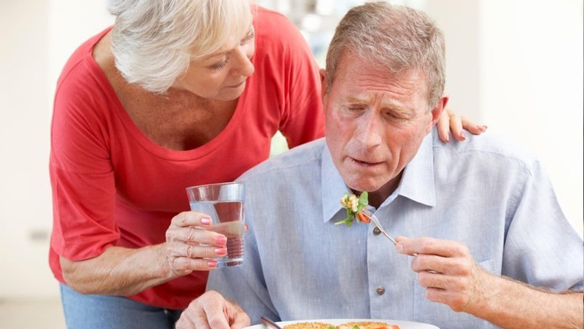 disfagia en personas mayores